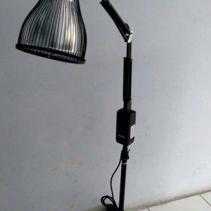 Lampu terapi infrared standing corona